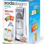SodaStream Trinkwassersprudler Cool inklusive 4 PET-Flaschen, 1 x Zylinder und Soda-Sirup für 47,95€ inkl. Versand