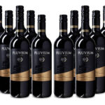 12 Flaschen Pluvium 'Premium Selection' Bobal-Cabernet Rotwein für 39,99€ inkl. Versand